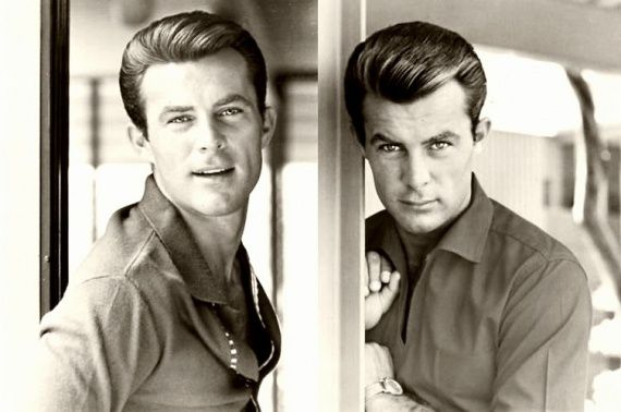 Robert Conrad SO CUTE, AND HE KNEW IT!