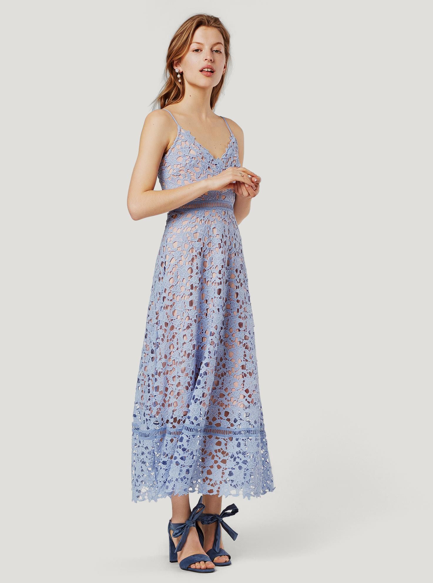 EDITED the label Maxikleid 'Mailin' in blau bei ABOUT YOU ...