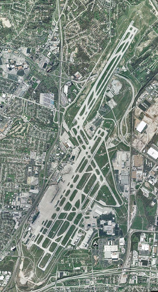 Awesome aerial view of Lambert Saint Louis International