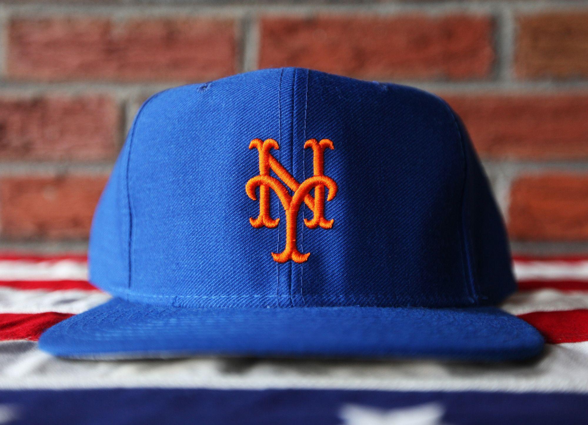 37412baf9cf81 Deadstock Vintage 80 s New York Mets New Era Cap Co. Wool Snapback ...