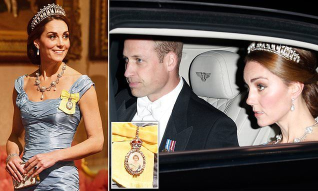 How Kate customised royal brooch in a sweet tribute to Prince William -   24 kate middleton funny ideas