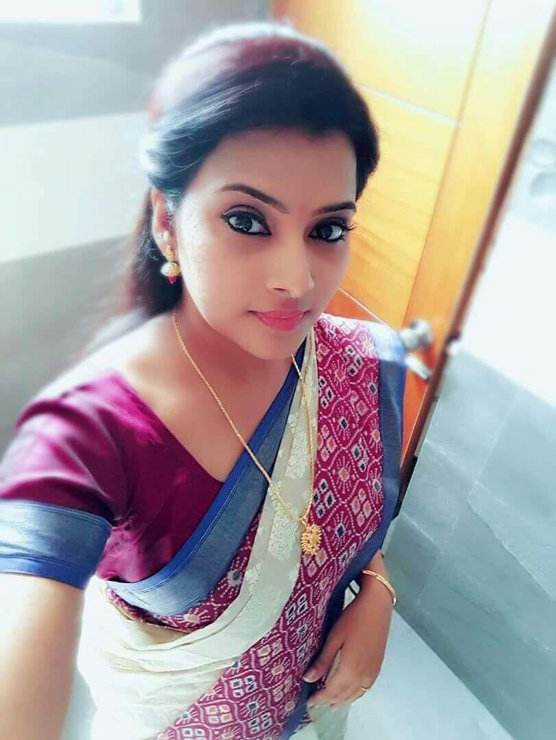 Indian Bollywood, Indian Sarees, Saree Styles, Cool Girl, Actress Pics,  Indian 8a35d78fe5