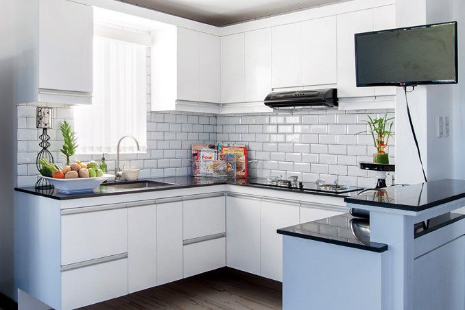 We may earn commission on some of the items you choose to buy. 4 Simple Kitchen Makeover Ideas from Professionals ...