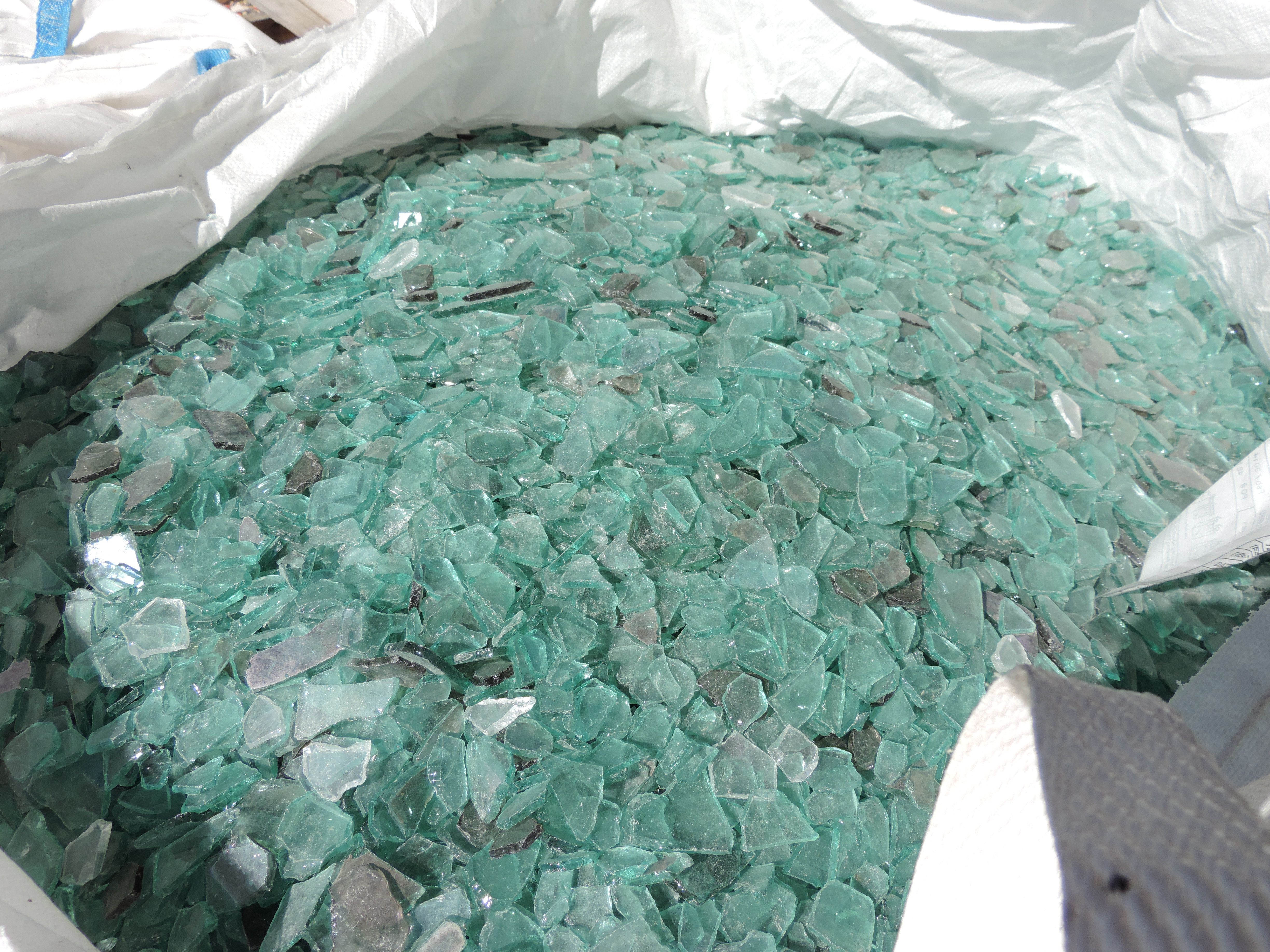 Freshen up your kitchen with recycled glass hardware from Vetrazzo ...