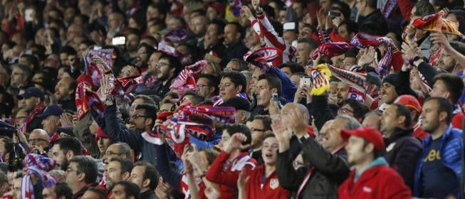 Atléticos!! Mañana salen a la venta las entradas del partido contra el Bayern https://t.co/0kYl4o8HUW https://t.co/TTWLq5BhiW  Atléti