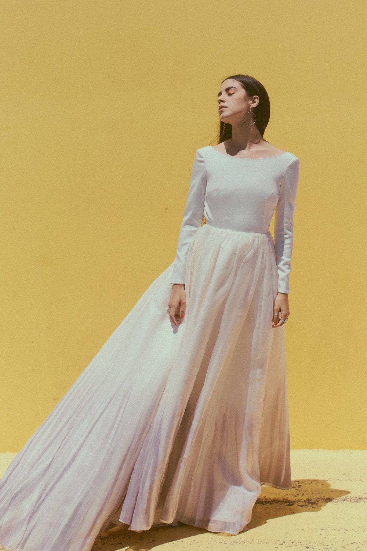 21+ Silk long sleeve fitted wedding dress information