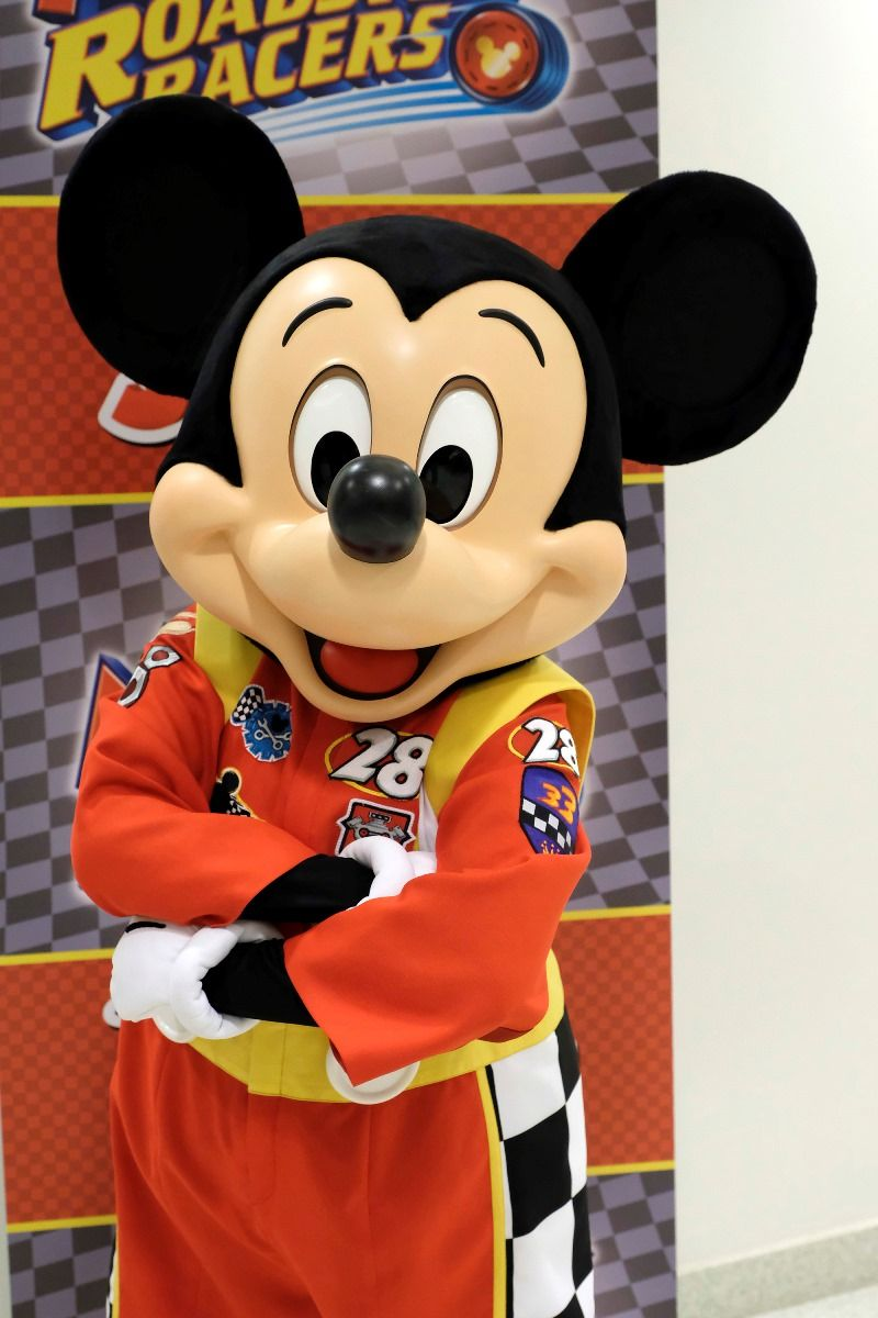mickey and the roadster racers - 700×1112