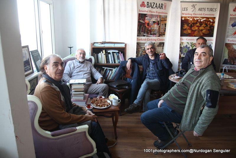Галерея Les Arts Turcs в Стамбуле.  Photo Nurdogan Senguler  Les Arts Turcs расположен в районе Султанахмет, в старом городе Стамбула. Айя София и Голубая мечеть наши соседи  https://www.lesartsturcs.com  http://vk.com/club37505094  https://www.facebook.com/LesArtsTurcsLAT