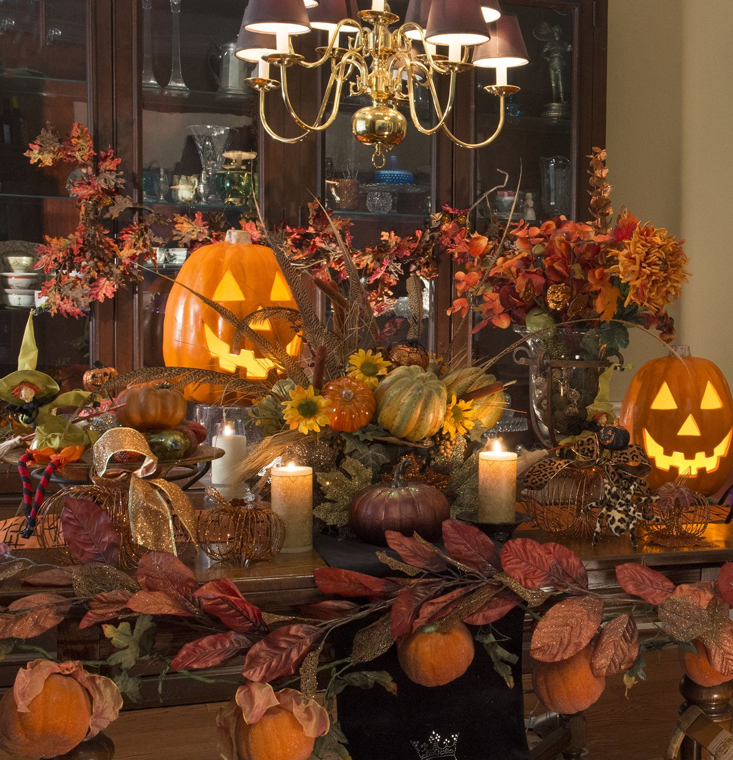 fall dining room table decorating ideas. View These Fall Dining Room Ideas Creating Beautiful And Cozy Interior Decor Other Seasonal Holiday Décor Ideas. Table Decorating A