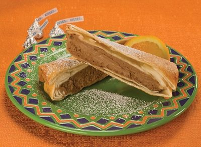 Make our unique Chocolate Cheesecake Flautas for a new treat!