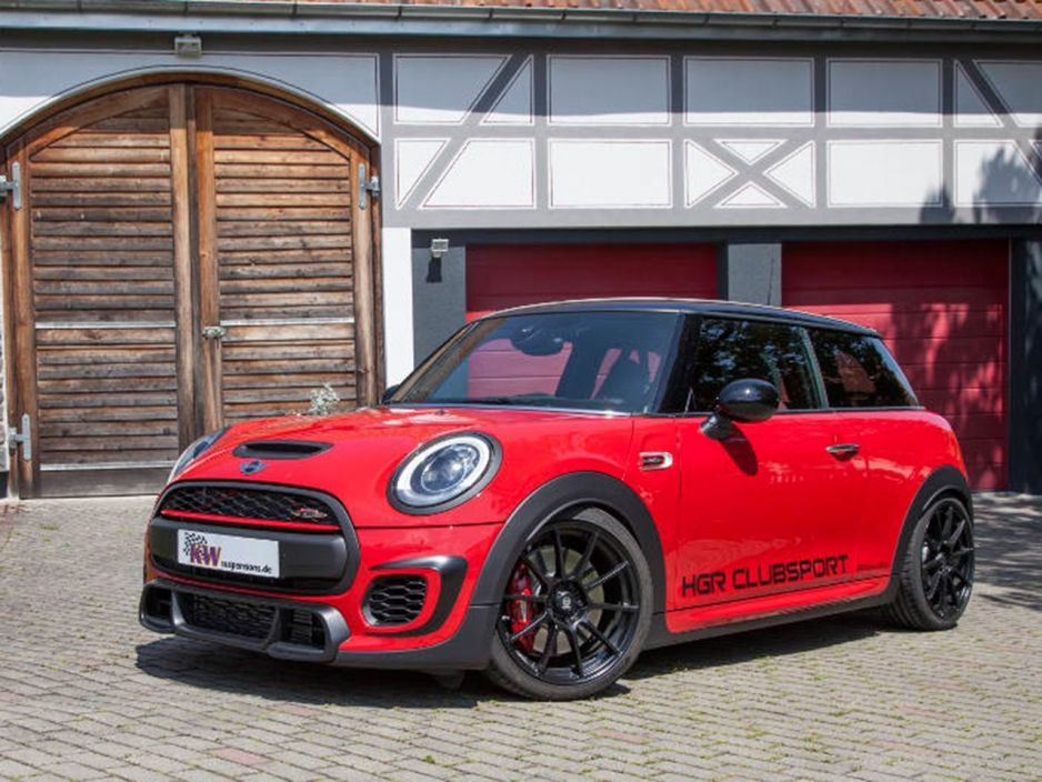 mino cooper s f56 red black mini cooper sport car. Black Bedroom Furniture Sets. Home Design Ideas