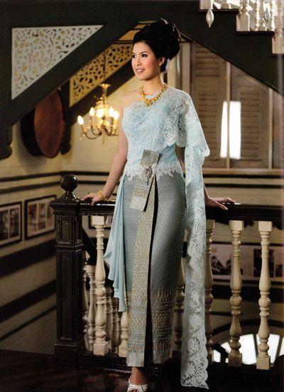 Thai Wedding Dress On Full Pra Yuk Traditional Costume