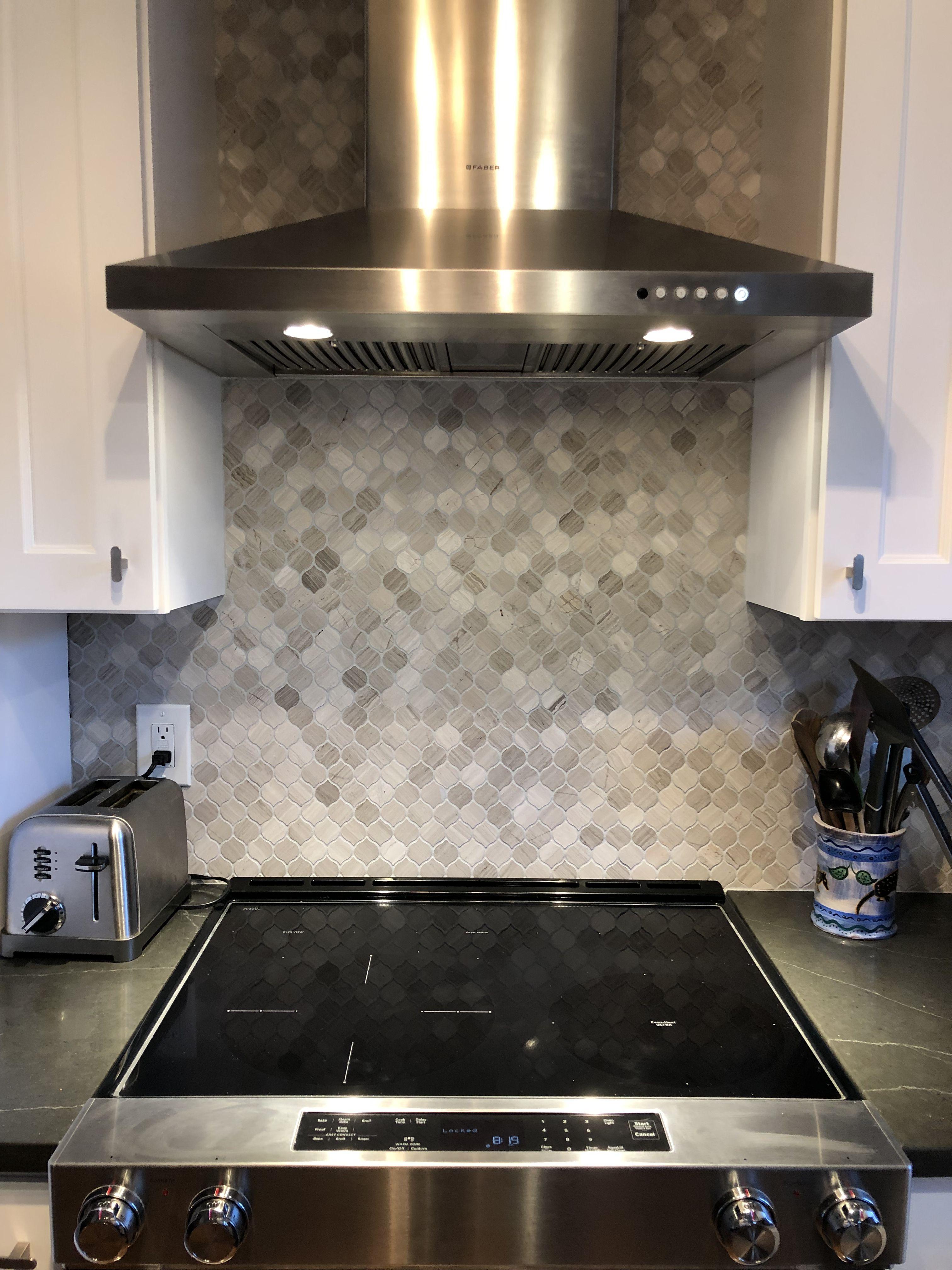 - Glazzio Tile, Kitchen Reno, #Farber Range Hood, Kitchen Aid Stove