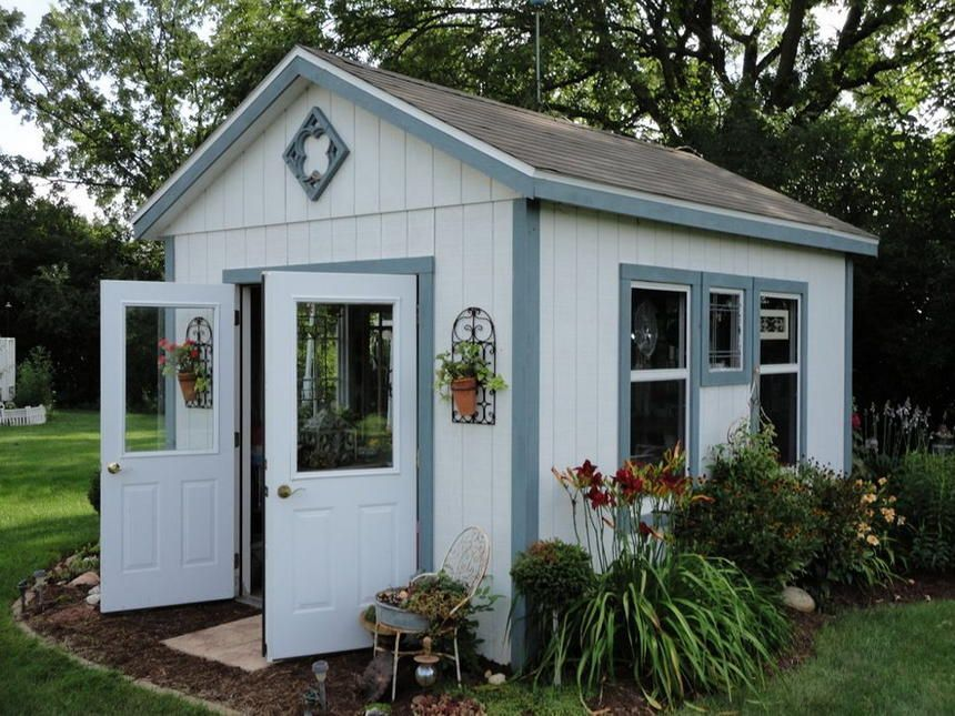 If You Have A Desire To Add A Beautiful Creation In Your Garden For Adornment As Well As For Different Uses Then This T Painted Shed Shed Design Backyard Shed