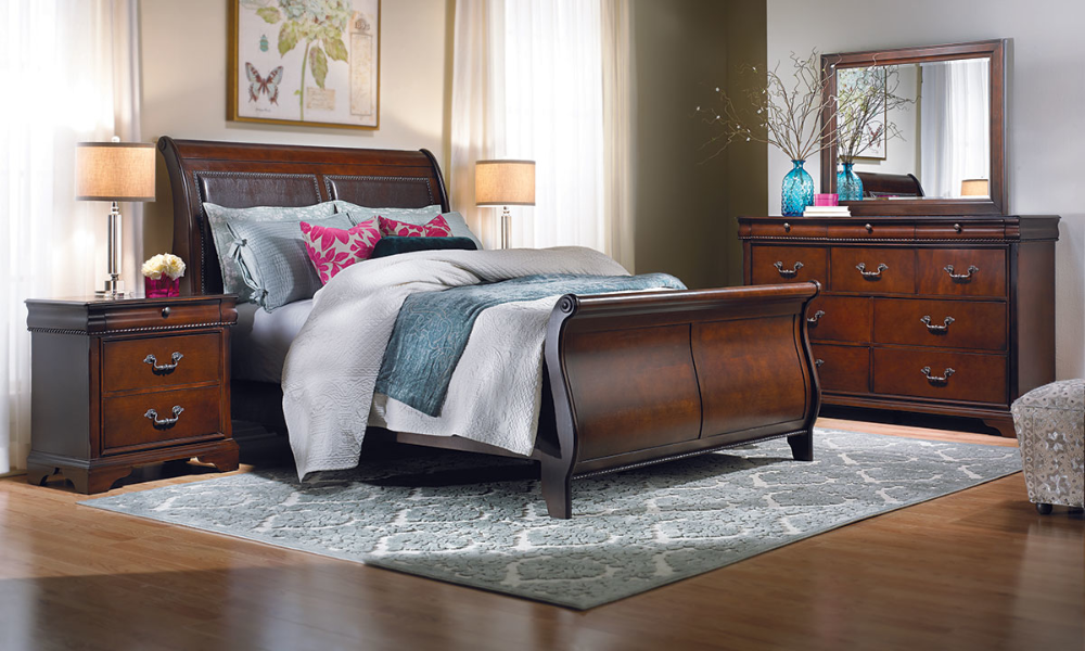 Louis Philippe Upholstered 5Piece Bedroom Sets in 2020