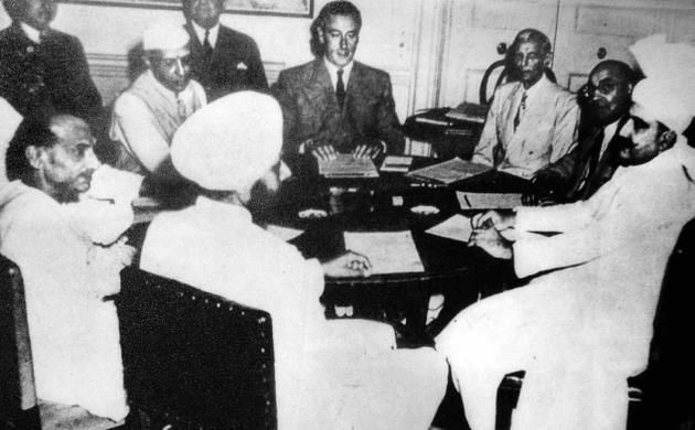 Moments In History From Left The Viceregal Lodge The Signing Of The Partition Of India And The Transfer Of Power The Table On Which It Was Signed