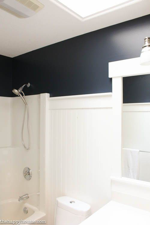 Painting Hale Navy In No Time Flat Orc Week 4 The Happy Housie Hale Navy Navy Bathroom Navy Blue Bathrooms