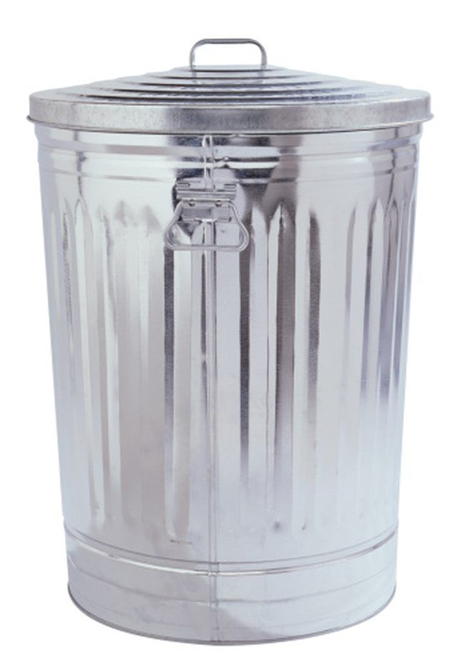 How To Paint On Galvanized Metal Garbage Cans Painted Trash Cans