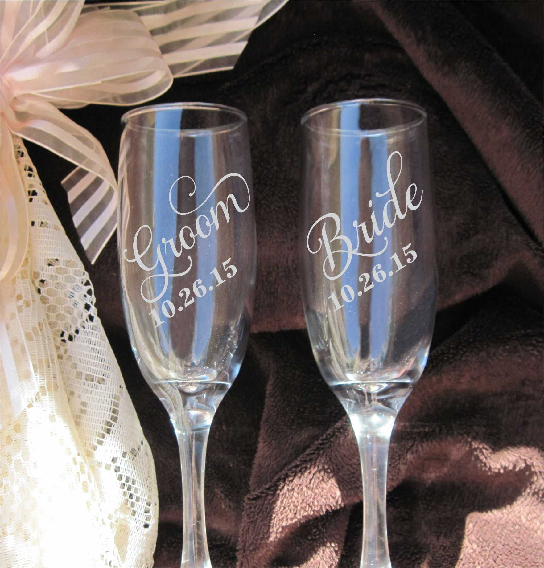 Etched Glass Wedding Gifts: Etched Double Heart Roses Flutes