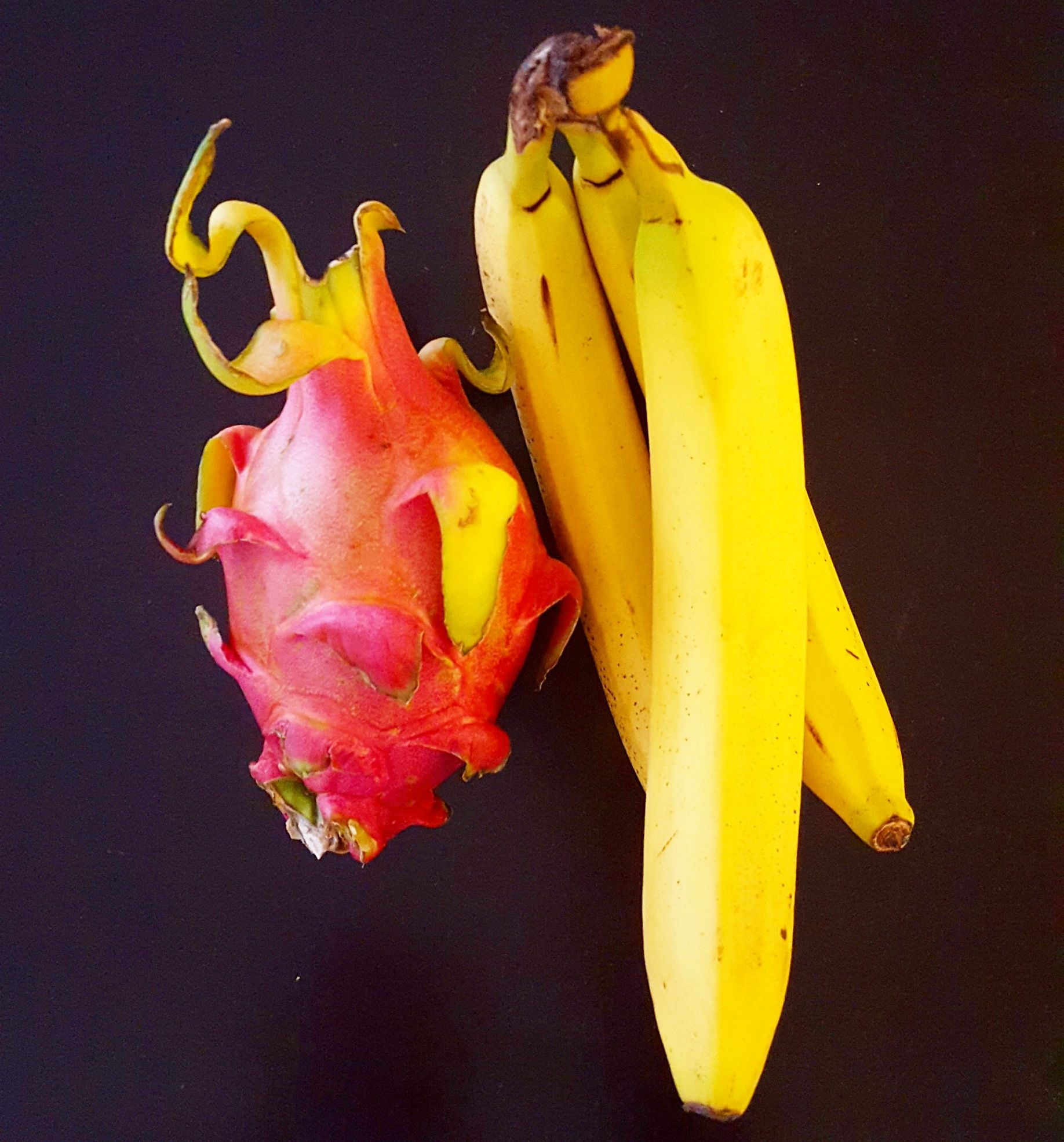 How Is Dragon Fruit Good For You? - http://gotglam.com/2016/07/25/food-and-drinks/how-is-dragon-fruit-good-for-you/