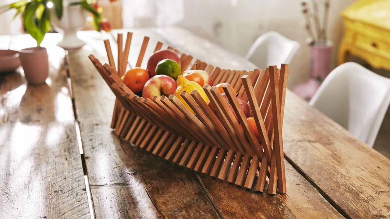 A Diy Allrounder For The Dining Table A Fruit Bowl And Chopping