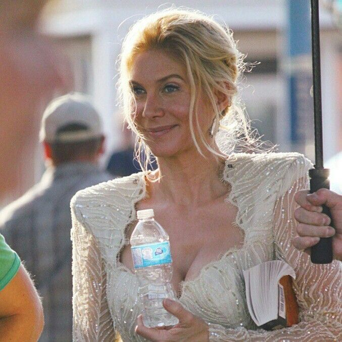 Elizabeth mitchell once upon a time saison 4