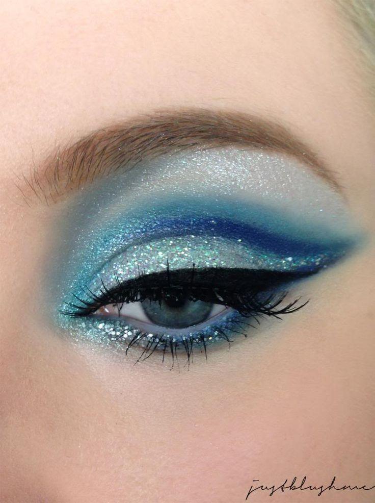 Make-up-Tipps für blondes Haar und blaue Augen