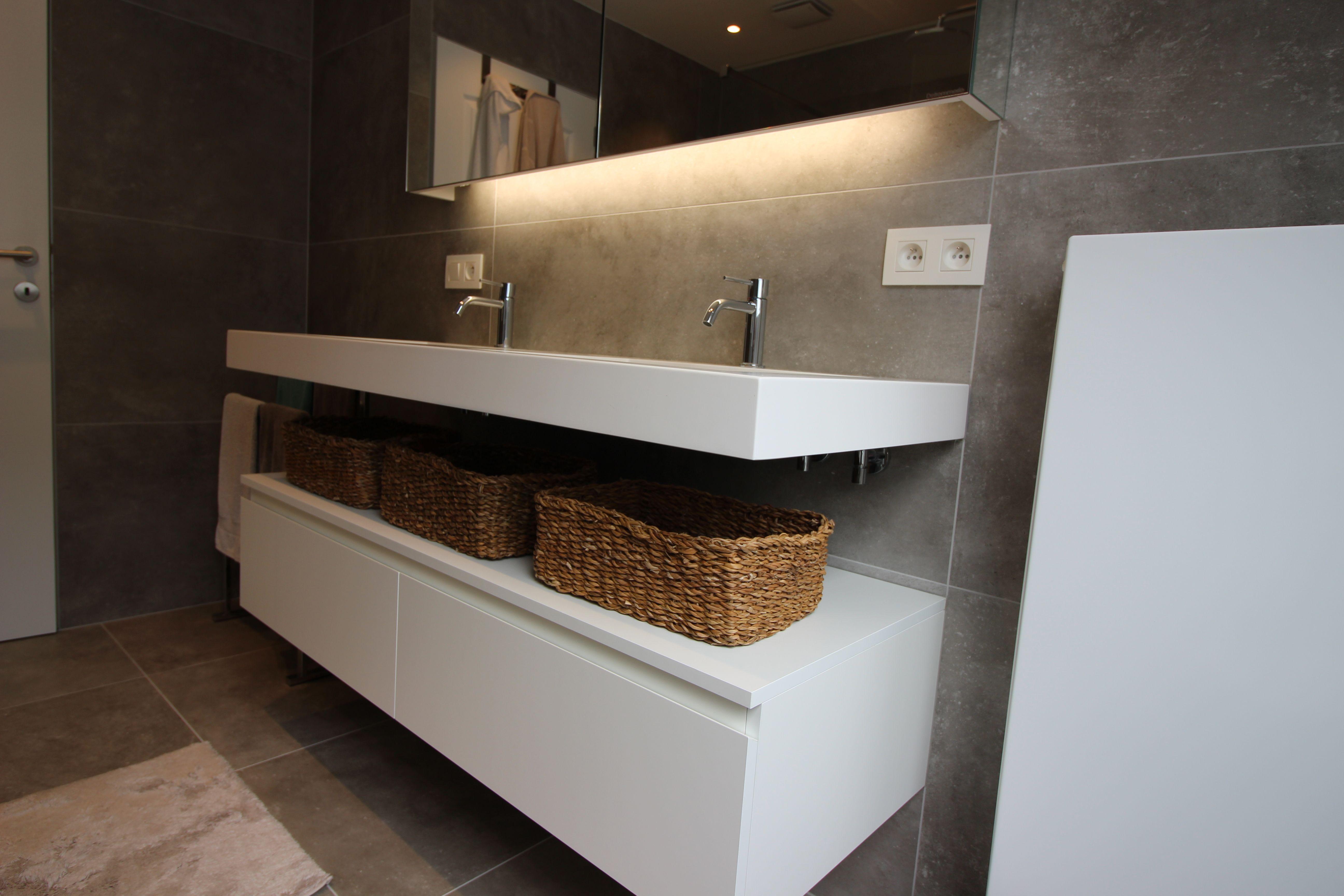 Mooie Moderne Badkamers : Moderne badkamer in betonlook badkamers in 2018 pinterest
