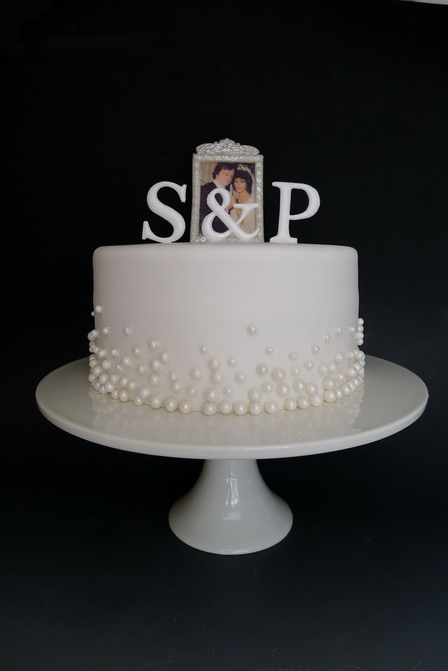 Simple Scatter Pearl Anniversary Cake 25th Wedding Anniversary