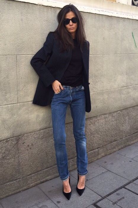 6b7cebd45d74f6 A black blazer is worn with a black top and jeans | Outfit Ideas ...