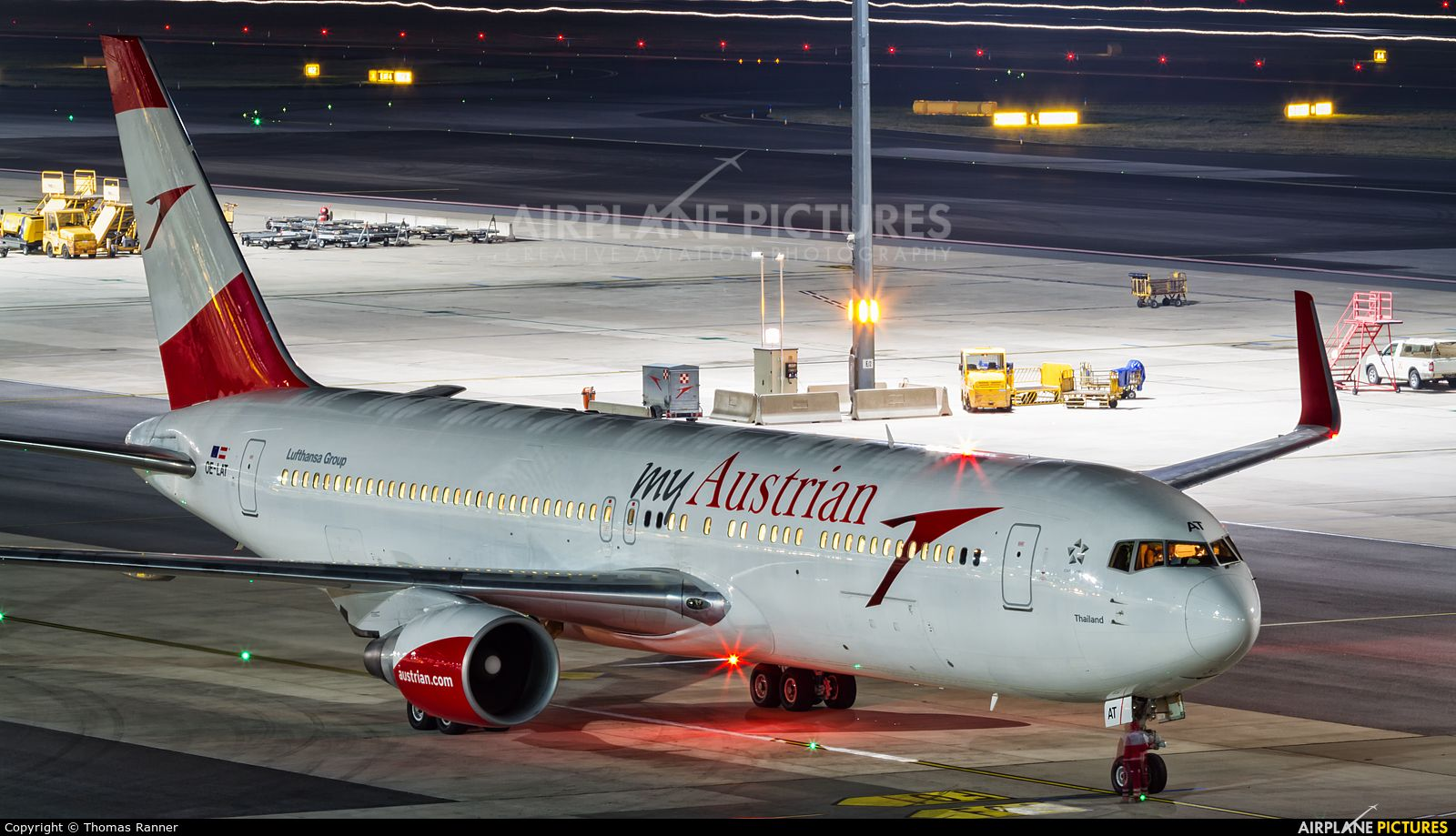 Austrian Airlines/Arrows/Tyrolean OELAT aircraft at