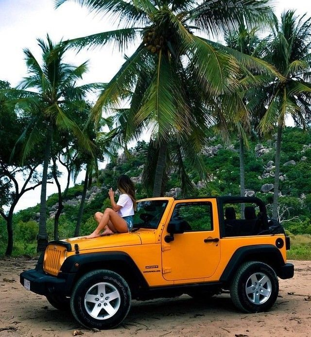 Riityeyayeѕt Yauℓyeyekix Jeep Cars Yellow Jeep Dream Cars Jeep