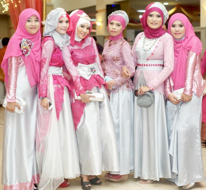 Model Baju Seragam Keluarga Buat Lebaran