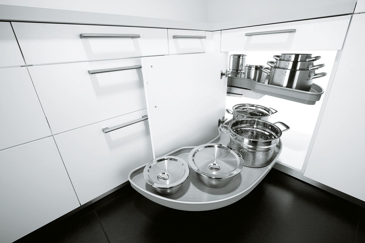 Swivelling sliding drawer | Mutfaklar | Pinterest | Kitchen storage ...