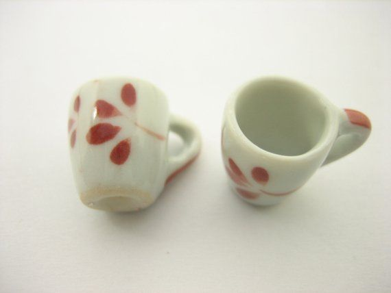 10 Red Paint Ceramic Tea Coffee Mug Cup Dollhouse Miniatures Supply 13218