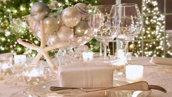 Extraordinary Christmas Dinner Decoration Ideas With Delectable Photograph Awesome White And Silver Nautical Table As