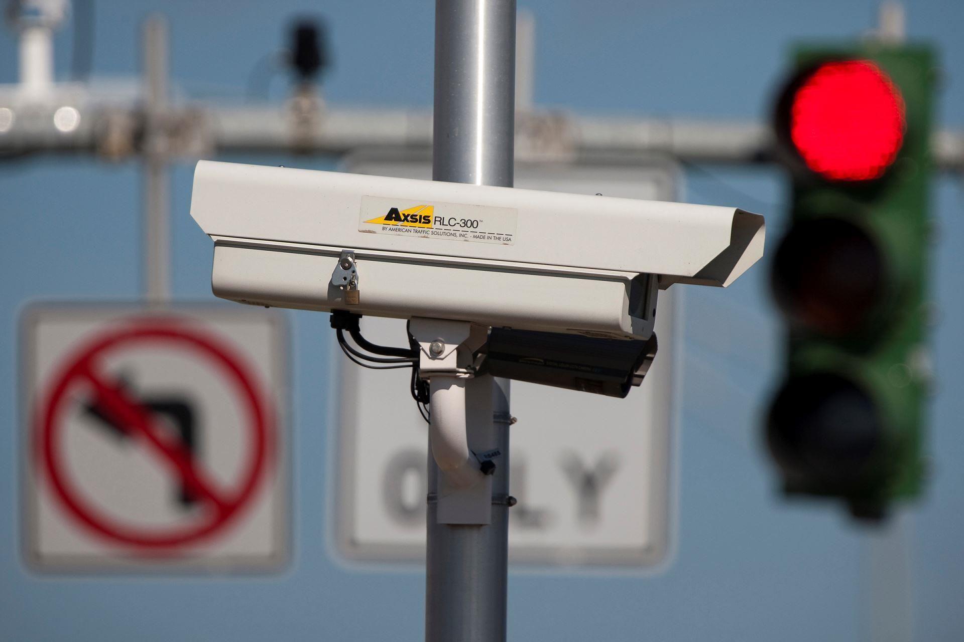 Awesome California Supreme Court Backs Red Light Traffic Cameras   MSN NEWS # California, #RedLight, #TrafficCameras