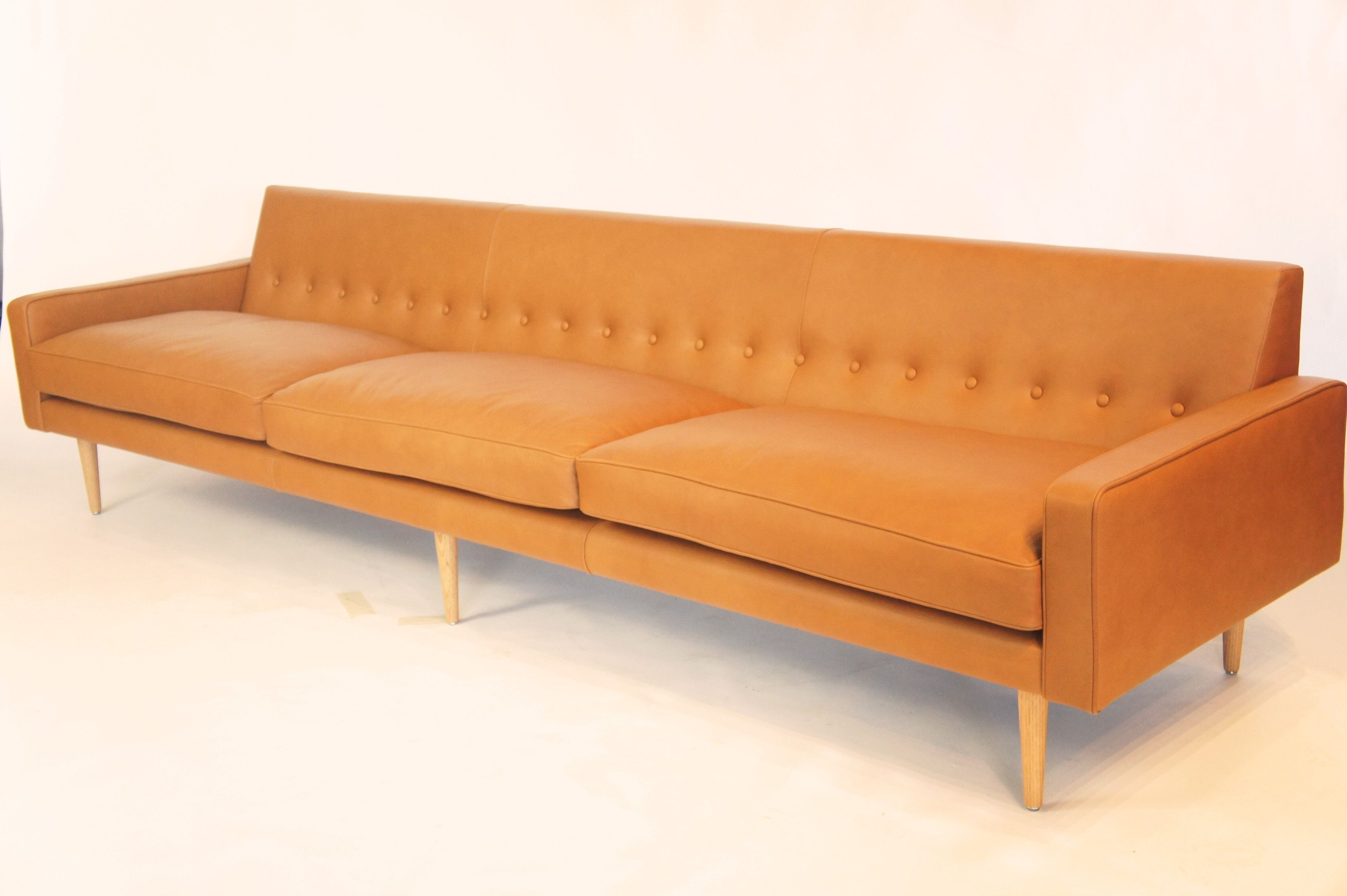2 8m Slimline Sofa In Vera Pelle Ultimo Tan