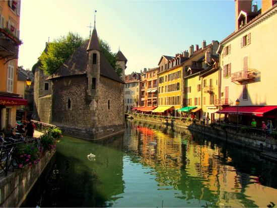 """By Eurotriptips from the post """"Why I'm in Love with Annecy""""."""