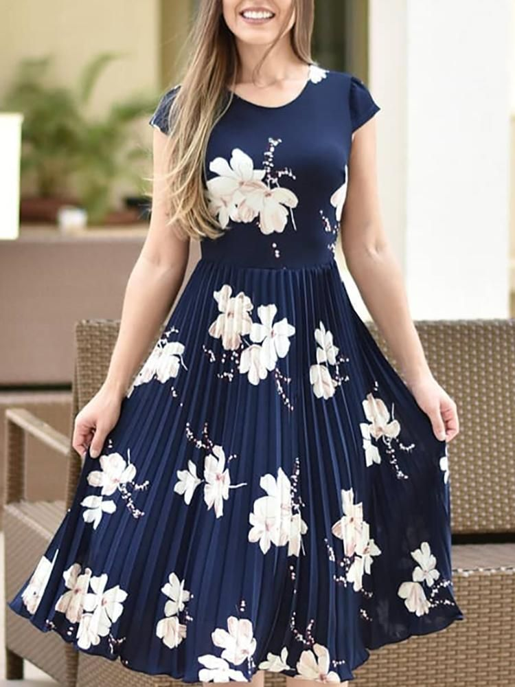 Floral Print Short Sleeve Pleated Dress  f3a27b4d3