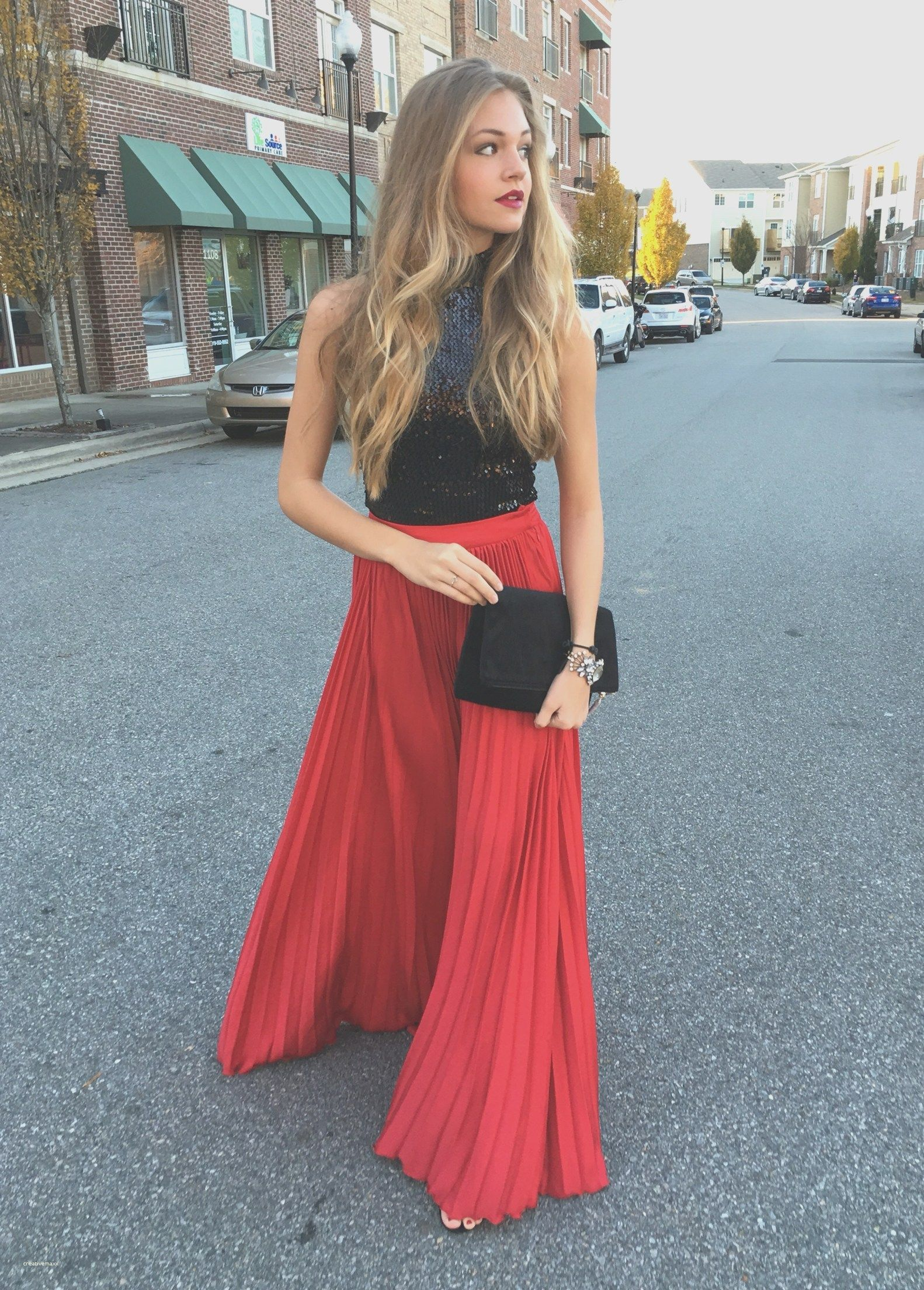 Hot 25+ Elegant Christmas Party Outfit Ideas | Christmas party ...