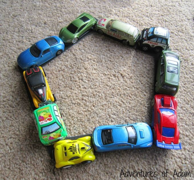 Making-shapes-with-cars-.jpg 680×630 piksel