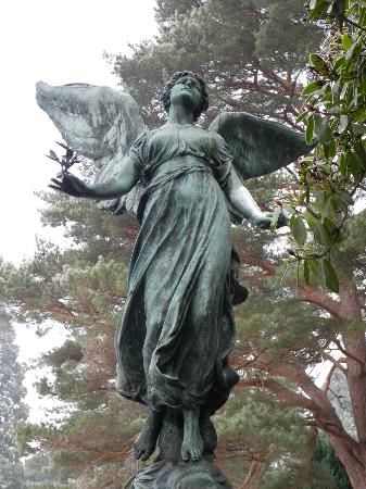 One of many stunning angels in Brookwood Cemetery ~ ღ ~ Skuwandi