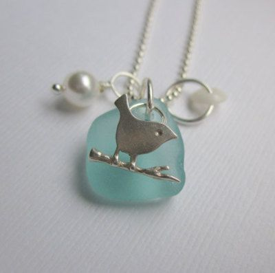 singlittlebluebird:    I do believe this necklace was made for me. ^-^