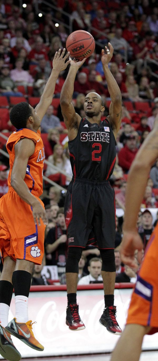 2012 13 Men S Basketball Nc State Wore Black Uniforms For The Game Against Clemson On Jan 20 2013 Nc State Basketball Nc State Basketball Video Games