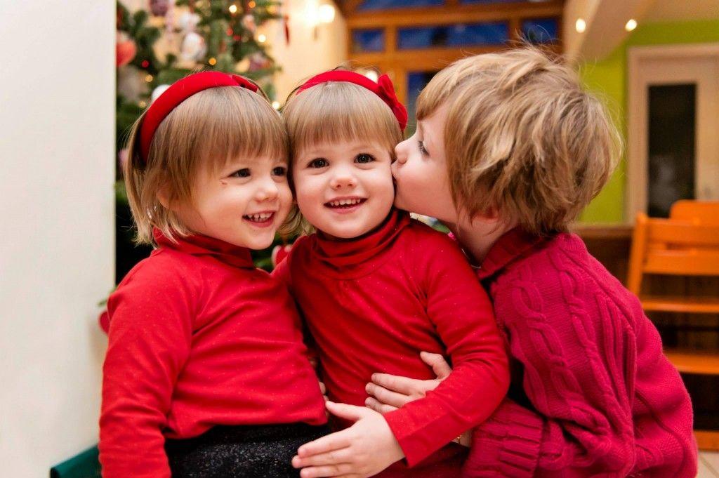 I love you my sisters !  Regardez comme on s'aime et que l'on est sage !