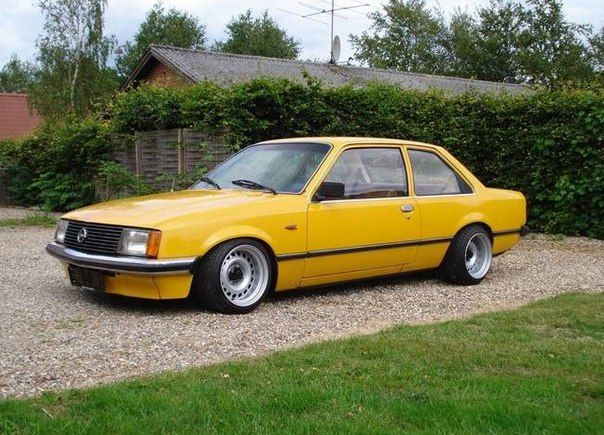 Rekord e1 old school opel pinterest cars jdm and for Garage opel nice