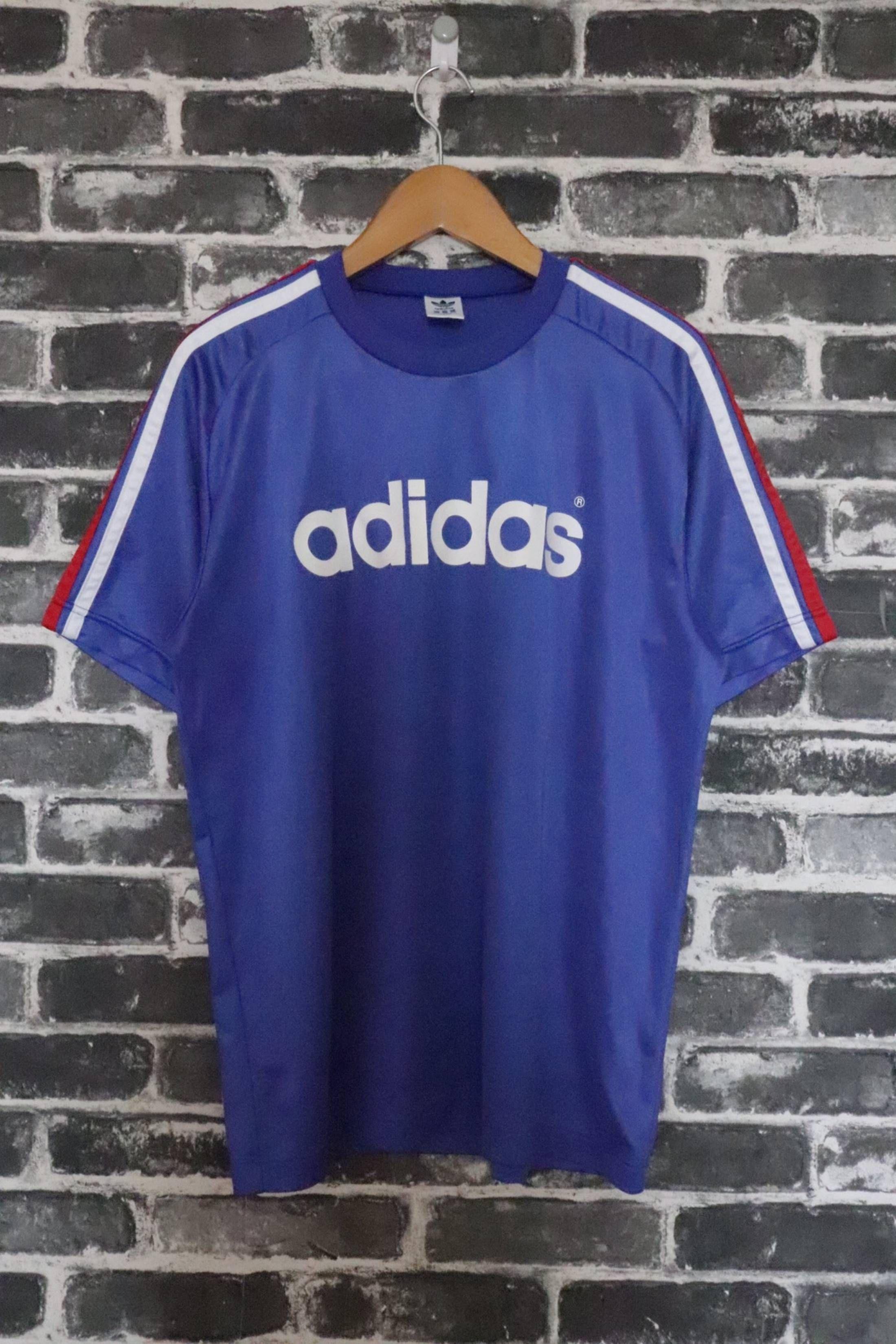 Catedral vestido deslealtad  Adidas Vintage 90s Adidas Trefoil Blue Jersey Tshirt Crew RETRO Tribute  France Big Logo / Sports Jersey Men's /Football Street Soccer Active wear/S  Size US S / …