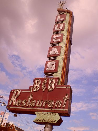 Old sign - Dallas, do you know http://www.kidimo.com ?