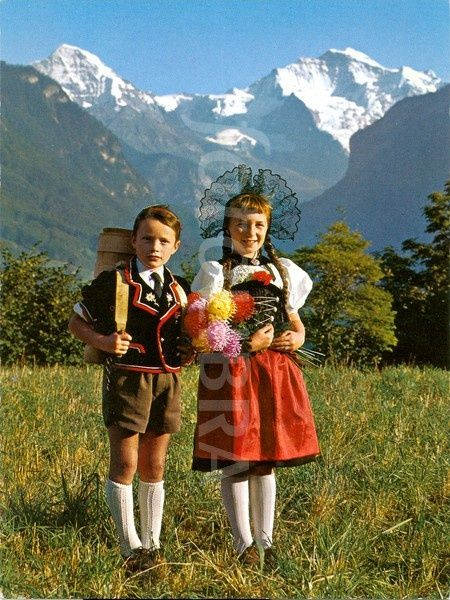 Swiss People Images Switzerland Traditional Oberlander Dress Children Young People